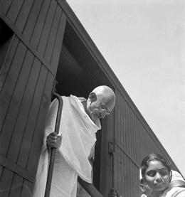 מהאטמה גנדהי, 1946